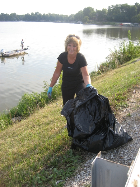 lake-clean-up-sept-2013-017