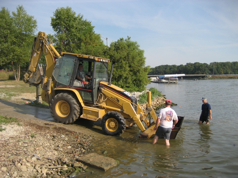lake-clean-up-sept-2013-033