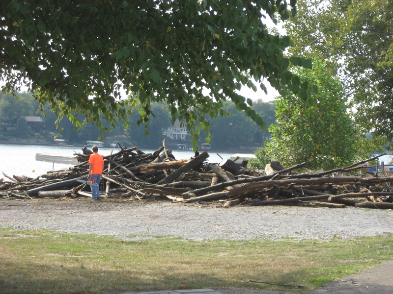 lake-clean-up-sept-2013-062