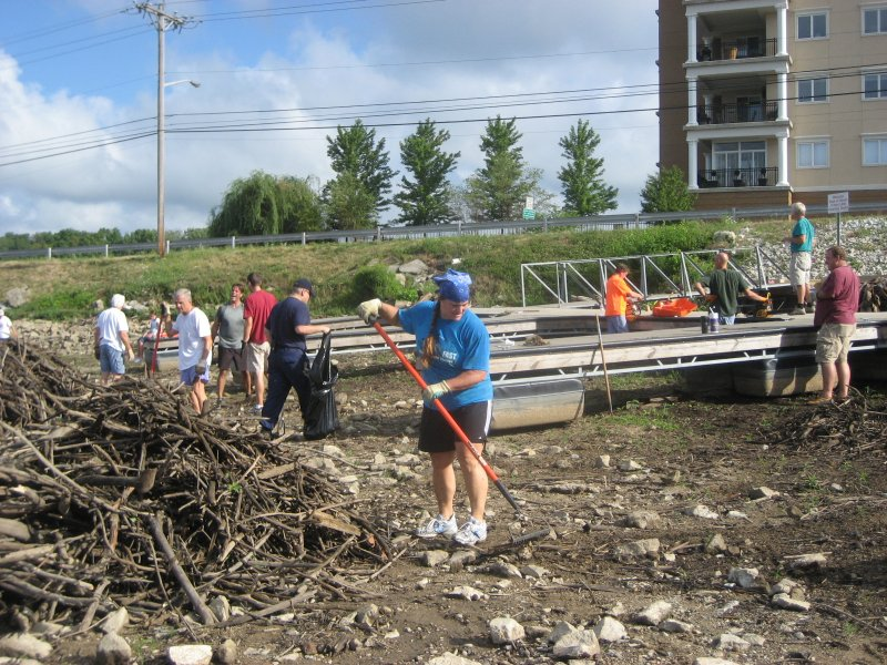 zach-nick_-cleanup2012-052