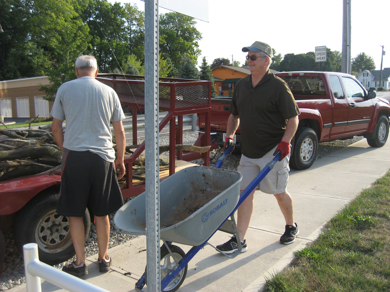 lake-clean-up-sept-2013-002