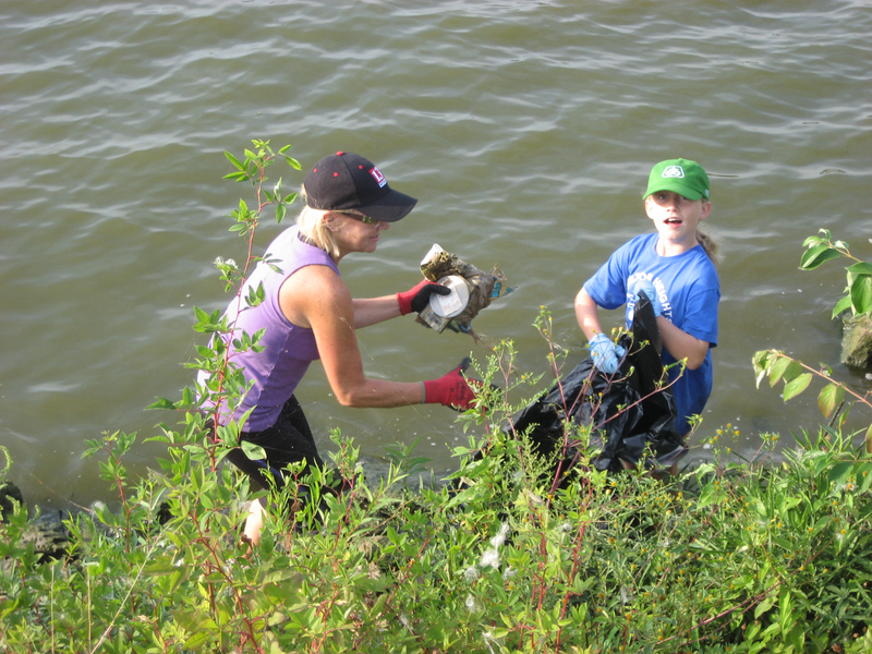 lake-clean-up-sept-2013-020