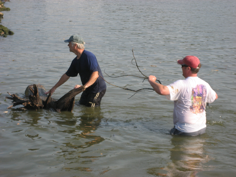 lake-clean-up-sept-2013-038